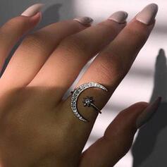 Glänzende Boho Legierung mit Star Mond Strasssteine Ringe