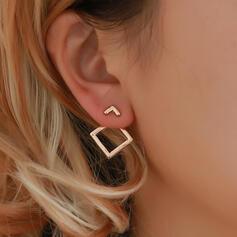 Stilvoll Einfache Legierung Ohrringe (Set von 2)