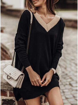 Geblockte Farben V-Ausschnitt Freizeit Lang Pulloverkleid
