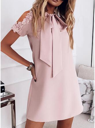 Spitze/Einfarbig Kurze Ärmel Shift Über dem Knie Elegant Tunika Kleider